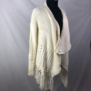 American Eagle Chunky Fridge Cream Cardigan